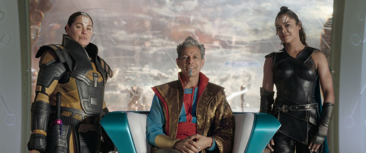 Marvel Studios' THOR: RAGNAROKL to R: Topaz (Rachel House), Grandmaster (Jeff Goldblum) and Valkyrie (Tessa Thompson)Ph: Film Frame©Marvel Studios 2017